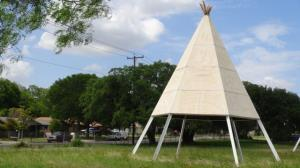 Cub Country Teepee #4 (Yellow Top)